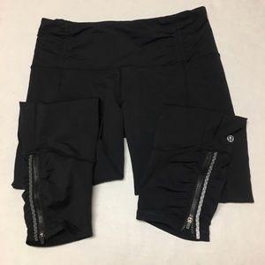 Lululemon Athletica Black logo athletic leggings